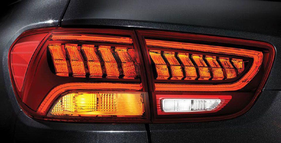 פנסים אחוריים ופנסי בלימה LED